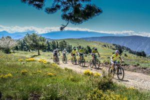 Transpyr cyclists2